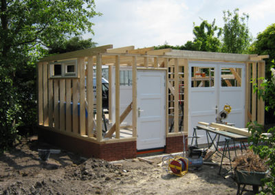 Tuinhuis in aanbouw